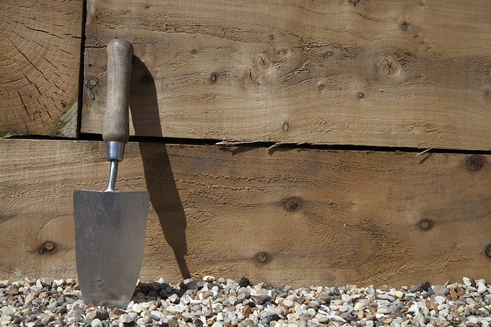 Dedicated Trowel for Poop Scooping